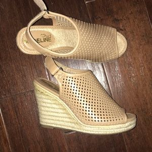 Shoes - High wedges NEVER WORN